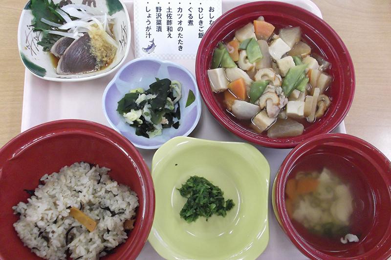 高知県の郷土食「ぐる煮・かつおのたたき」